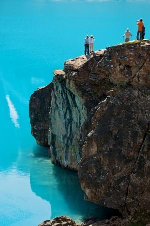 Klettern Sie mit Dani Arnold auf den Eiger I 360 Video ...
